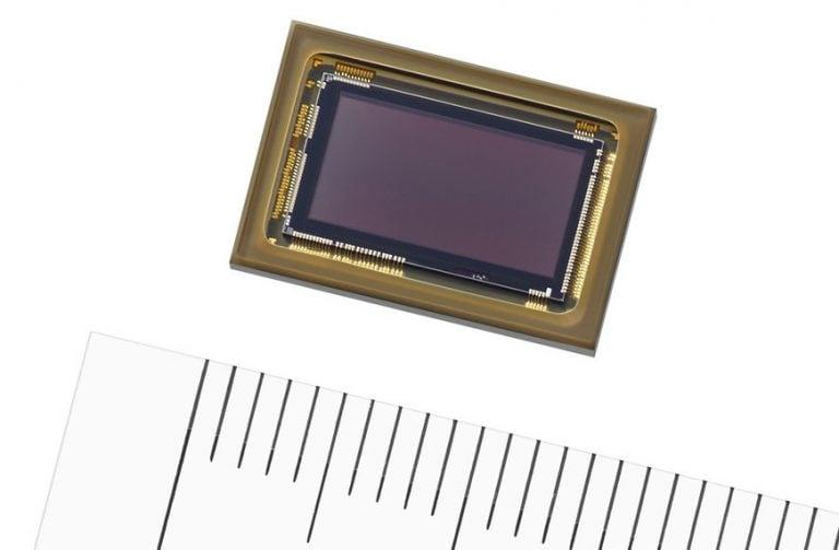 """Il nuovo sensore di Sony è un """"occhio"""" da auto per la guida assistita"""