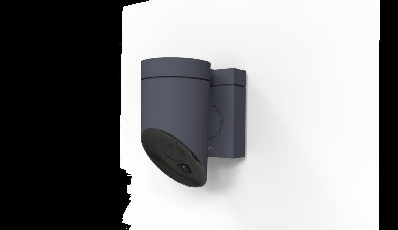 somfy outdoor camera la cam con allarme e deterrente anti. Black Bedroom Furniture Sets. Home Design Ideas