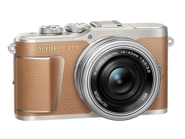 Olympus PEN E-PL9: la piccola mirrorless si aggiorna con video 4K e Bluetooth (foto)