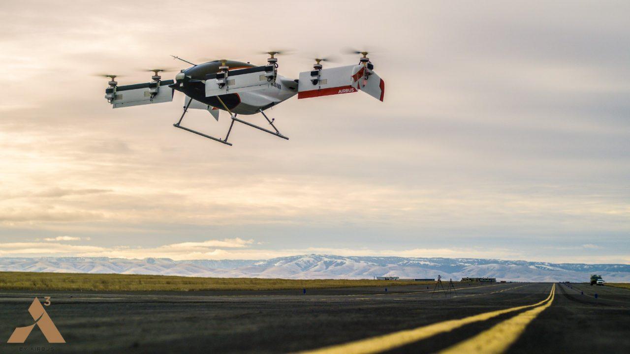 Il futuro è qui: il primo taxi volante a guida autonoma di Airbus prende il volo! (aggiornato con video)