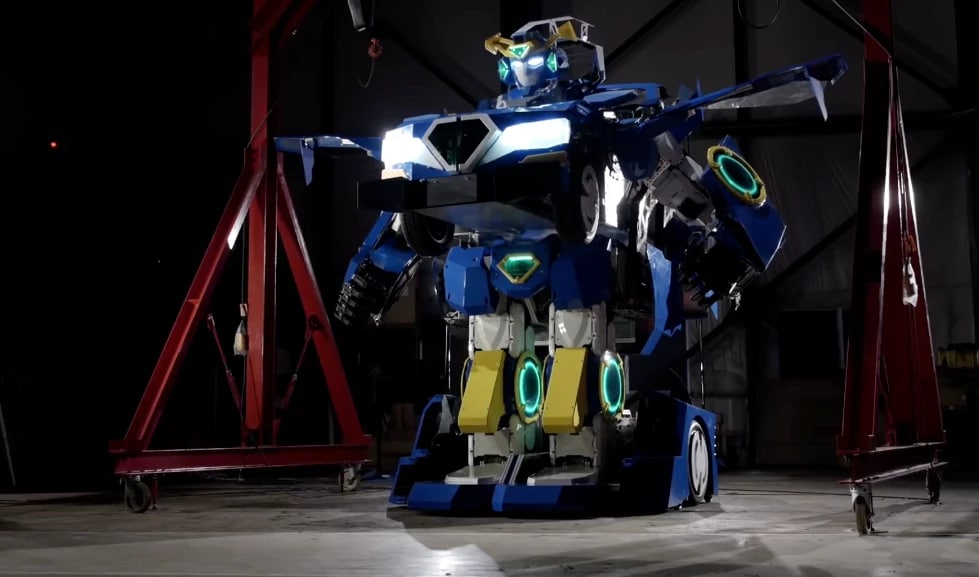 Altro che Bumblebee, questo è un vero Transformer! (video)