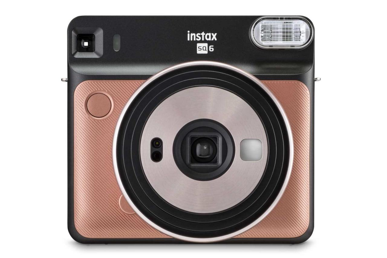 Fujifilm Instax Square SQ6: una piccola istantanea quadrata e totalmente analogica!