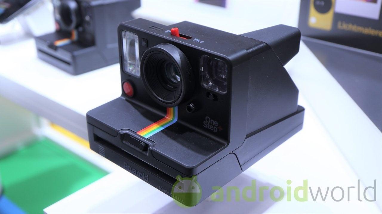 Polaroid presenta OneStep+: quando il vintage diventa smart (foto)