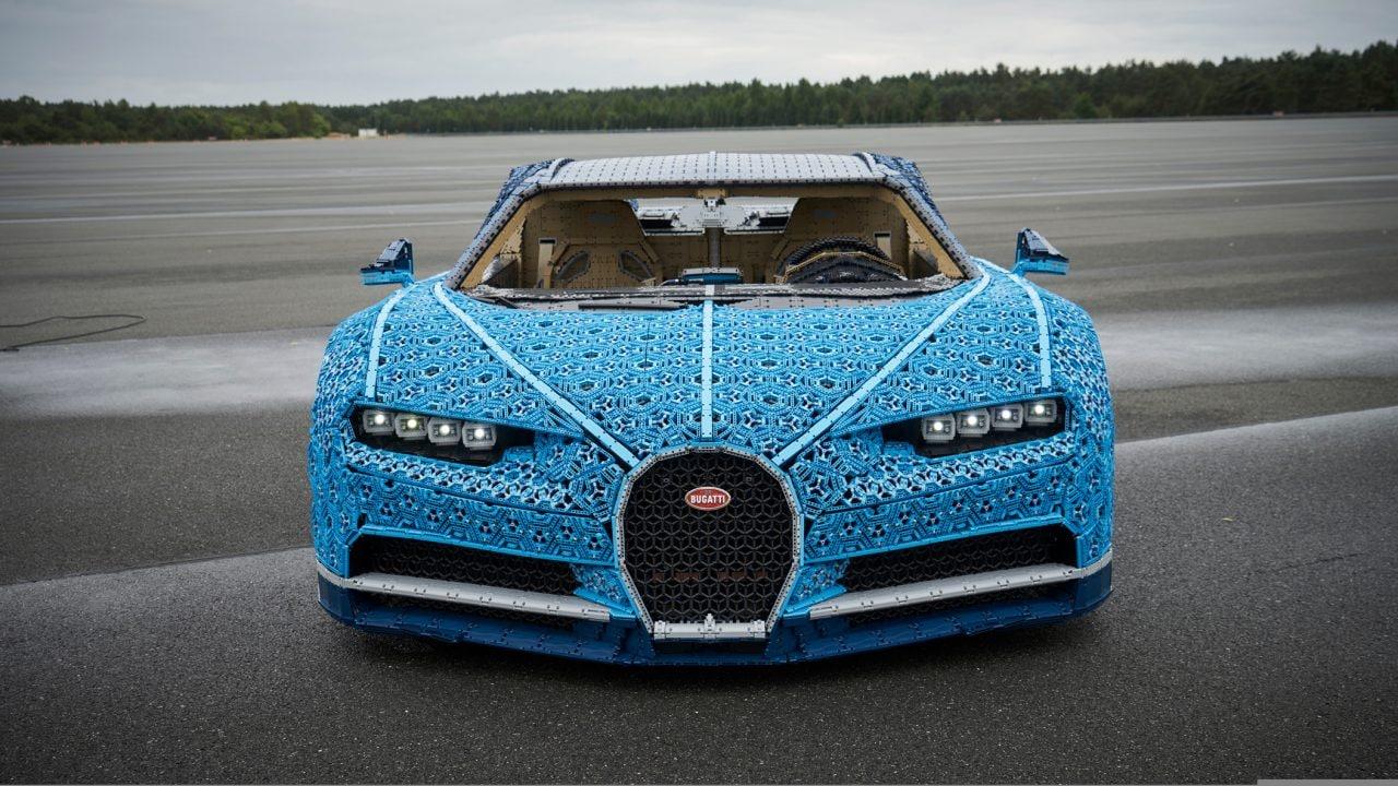 Mamma, ho visto una Bugatti tutta fatta di LEGO! (E funziona!) (foto e video)