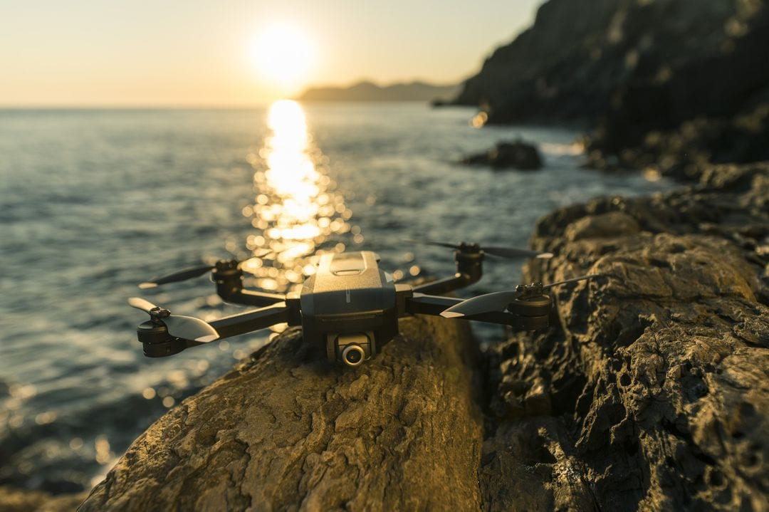 Yuneec Mantis Q è un nuovo drone compatto, velocissimo e... ubbidiente! (foto)