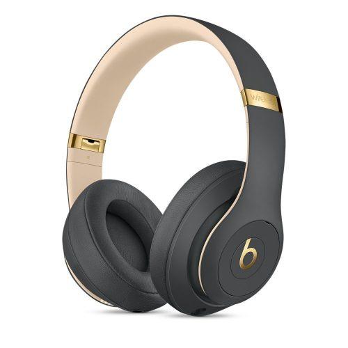 9ce0e7659ba1f2 Un po' più grandi e pesanti delle Solo3, ma ancora più tecnologiche, le  Studio3 sono cuffie Bluetooth over-ear con padiglioni che isolano e  assicurano un ...
