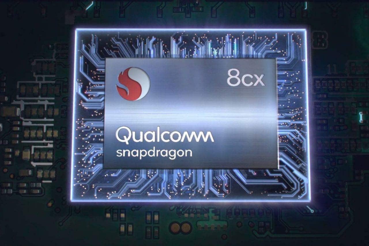 Qualcomm mostra il futuro dei notebook: Snapdragon 8cx è il primo chip a 7 nm per PC Windows (foto)