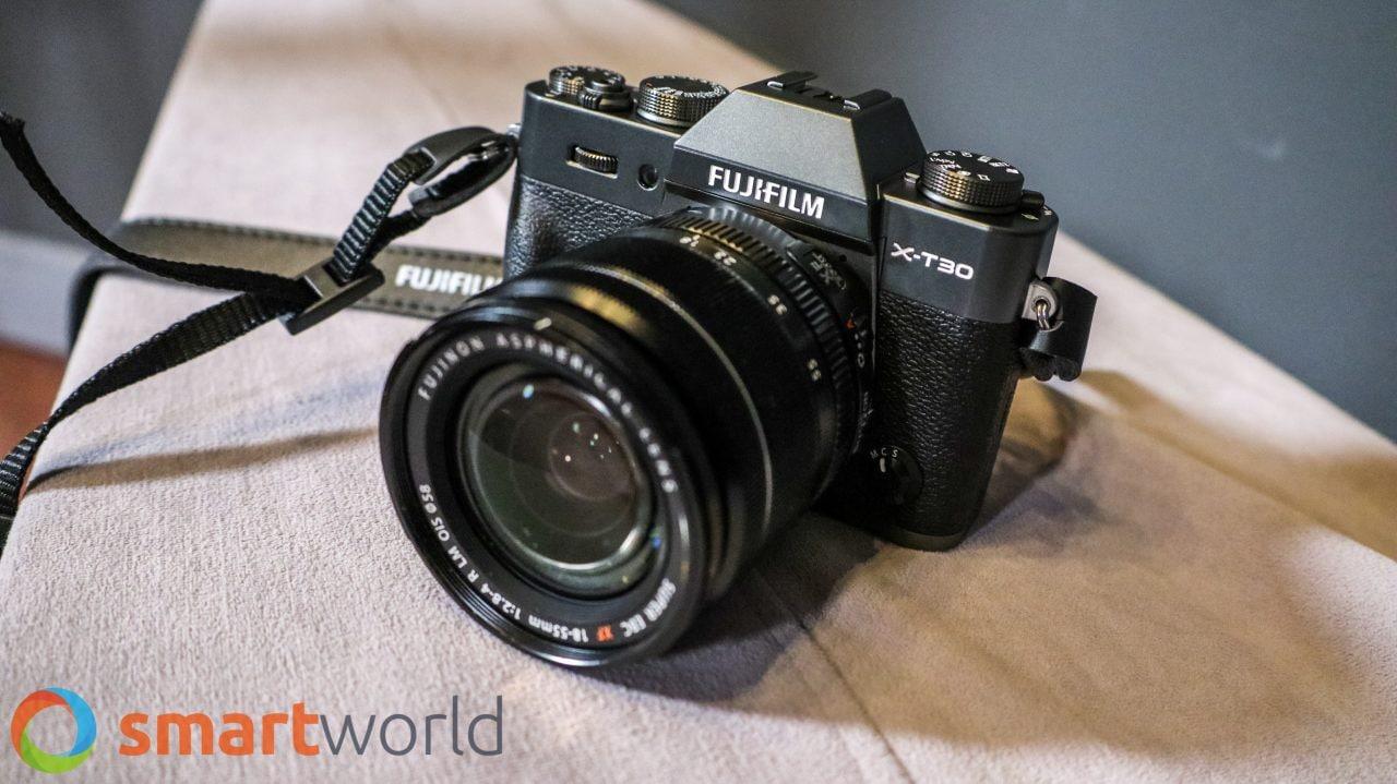 Le mirrorless vi attirano? Fujifilm X-T30 più obiettivo XF 18-55 mm in sconto su Amazon