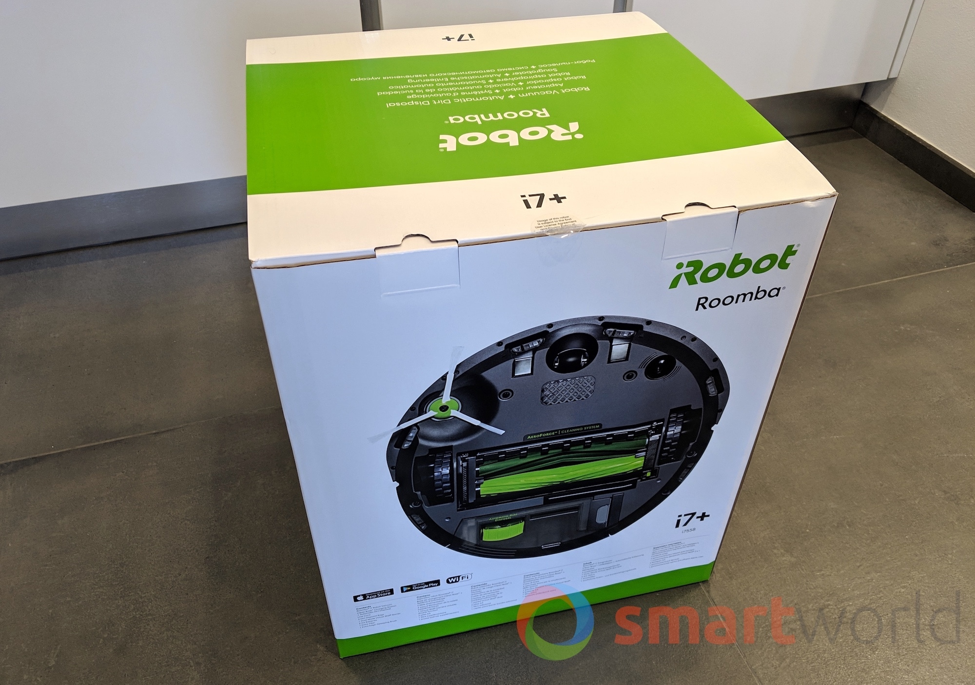 iRobot Roomba i7 Plus 01