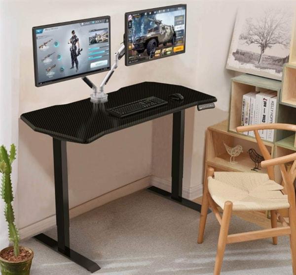 Nel caso ne aveste bisogno, sappiate che Xiaomi ha presentato pure una scrivania per gamer (foto)