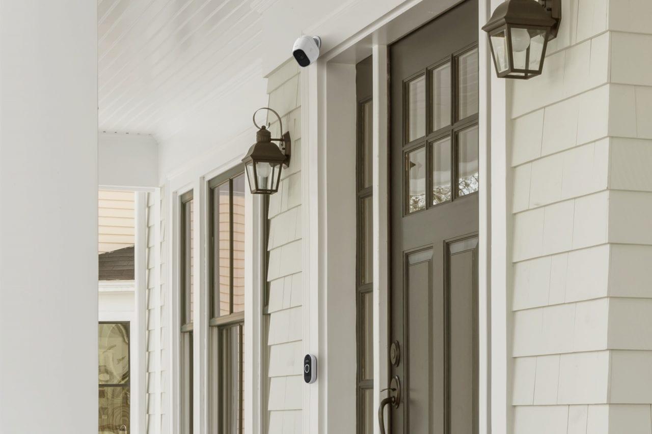 Arlo vi rifà il campanello di casa: ecco prezzi e disponibilità di Audio Doorbell e Chime  (foto)