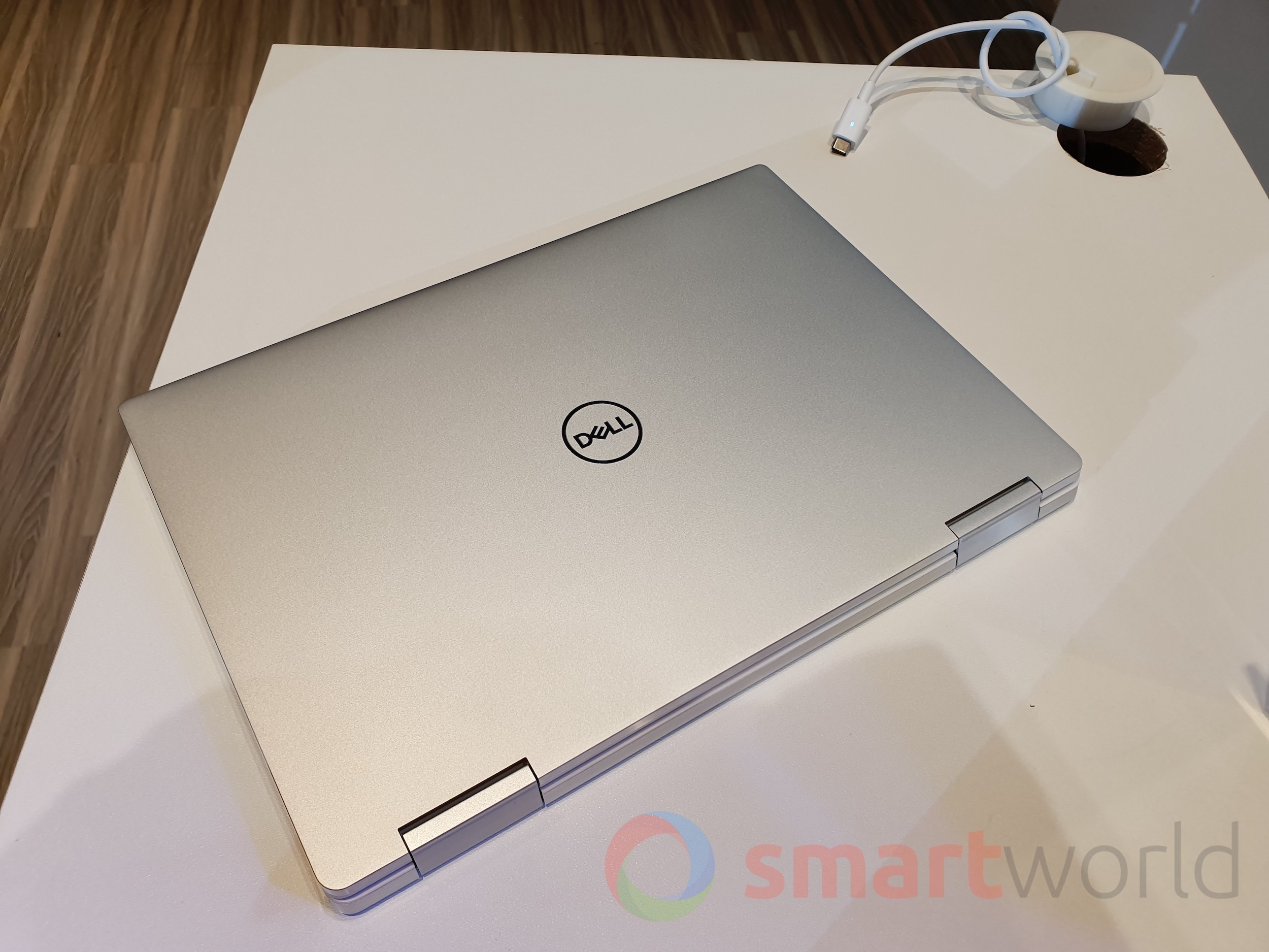 Dell XPS 13 2in1 2019 1