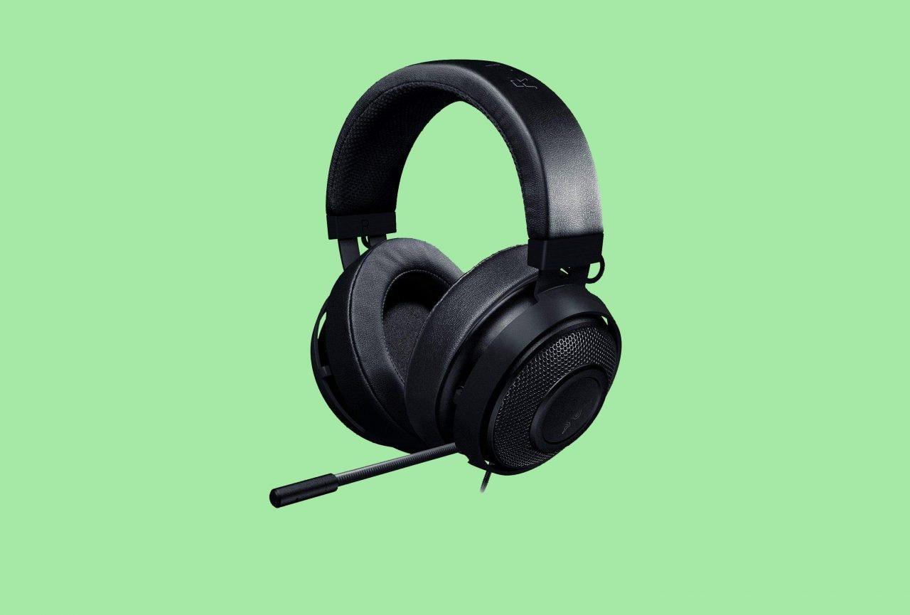 Razer Kraken Pro V2 Oval a soli 59€ su Amazon: cuffie gaming per PC e console
