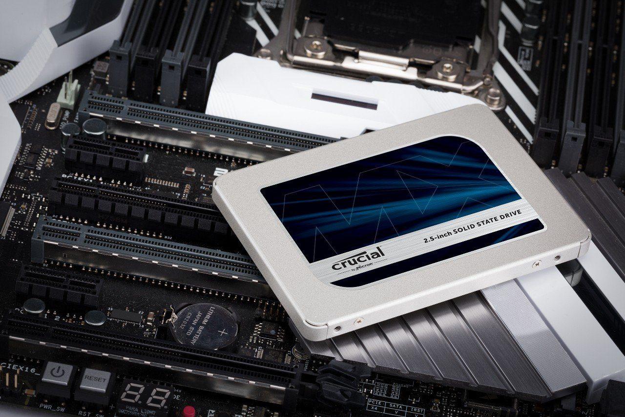 """Super Sconti per Crucial MX500: migliori prezzi per gli SSD interni da 2,5"""""""