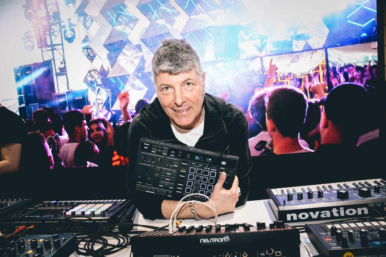 Pioneer DJ mostra presente e futuro del dj