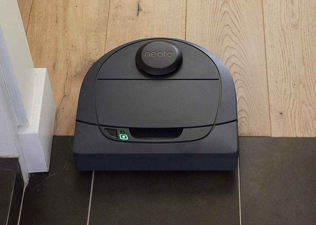 Offerta WOW Prime Day: robot aspirapolvere Neato Robotics D304 a 199€