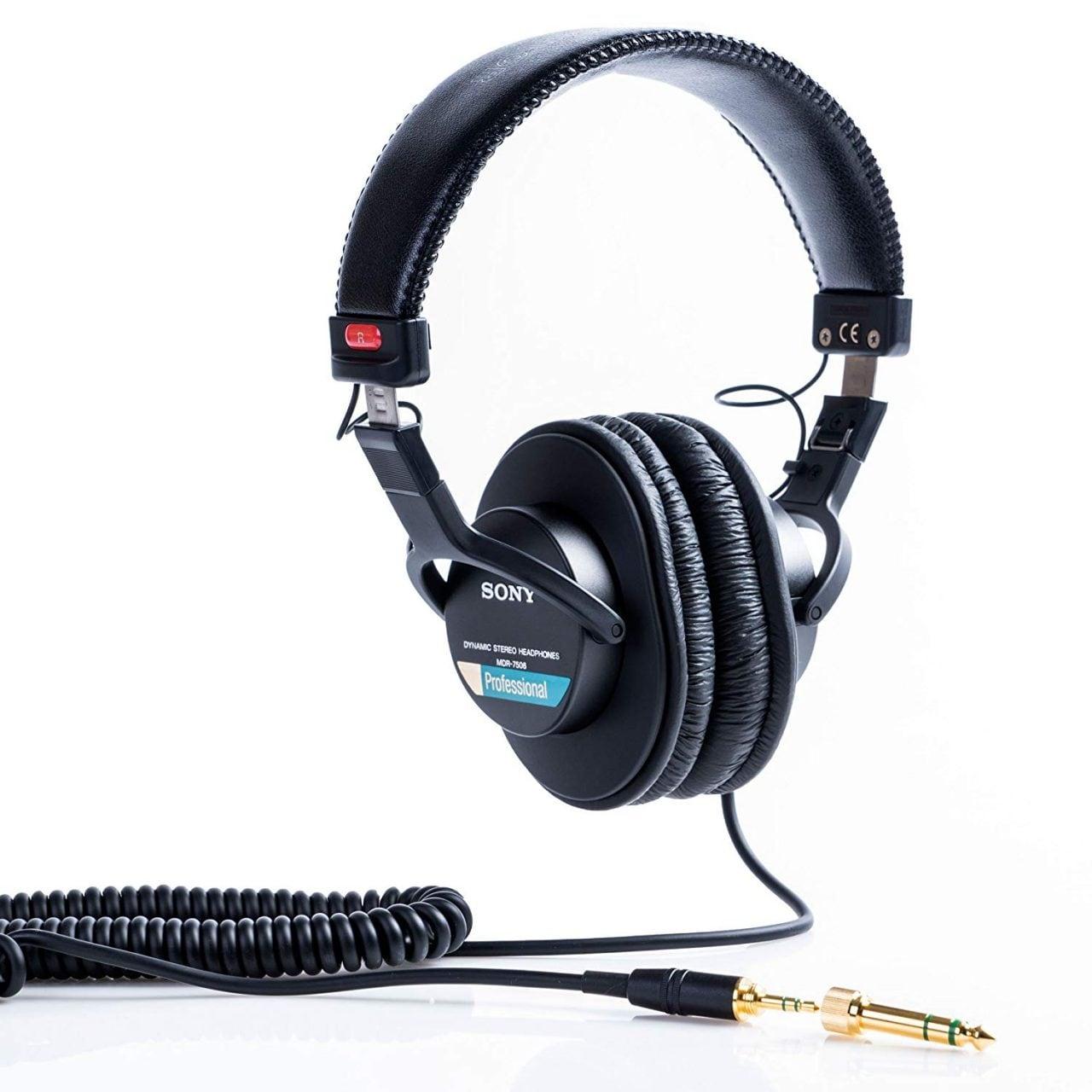 Sony MDR-7506 al miglior prezzo su Amazon: cuffie da veri audiofili
