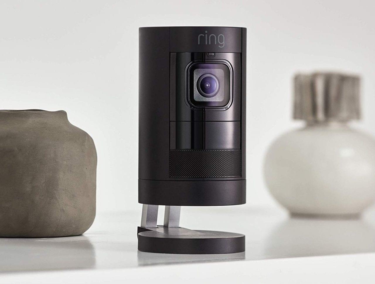 Sorvegliate la vostra casa con Ring Stick Up Cam, oggi a 129€ in offerta lampo