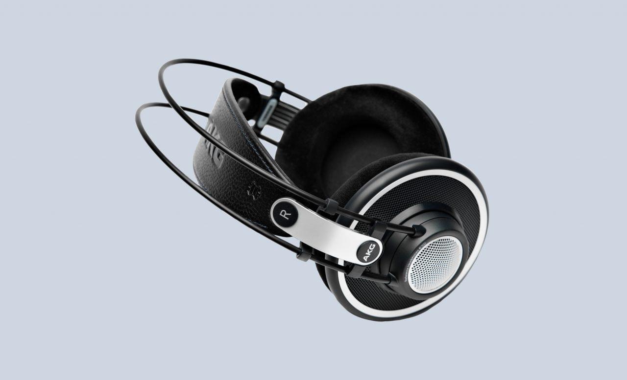 Audiofili, queste cuffie sono per voi e oggi sono in super sconto su Amazon