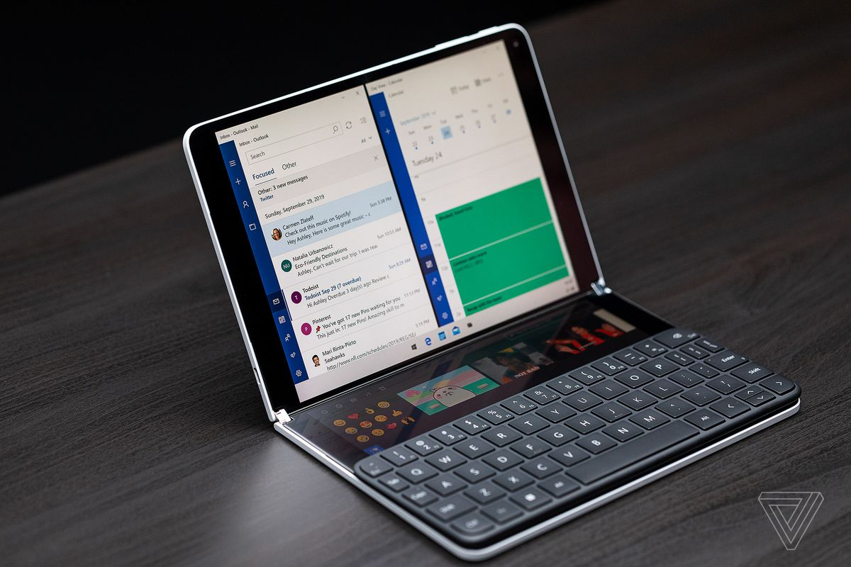 Windows 10X arriverà nel 2021 senza il supporto ai programmi Win32 ed al doppio schermo