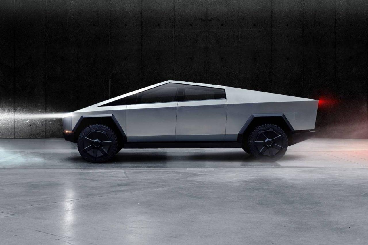 Per godervi il Cybertruck di Tesla dovrete aspettare almeno il 2022