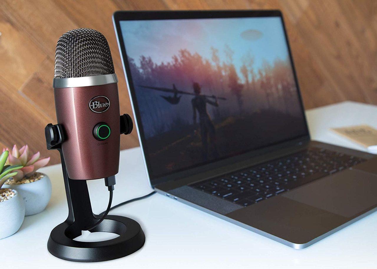 Blue Yeti Nano: il fratello piccolo dell'amato microfono è in offerta (e quanti colori!)