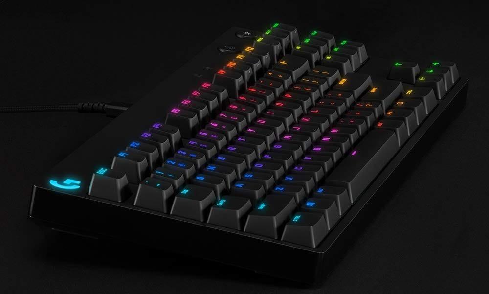 Logitech G Pro cala di prezzo: una tastiera meccanica portatile e compatta