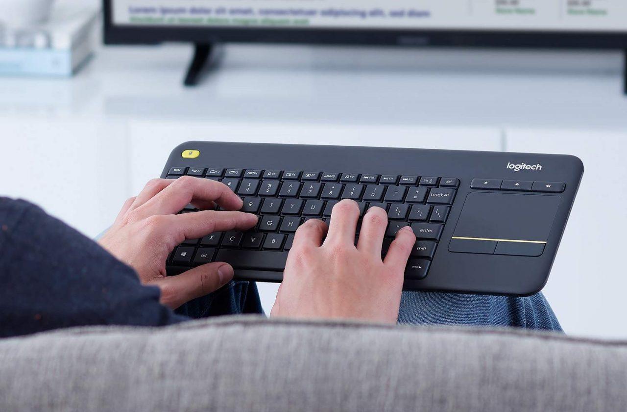 Tastiera Wireless da divano in sconto Amazon? Logitech K400 Plus oggi a soli 22€