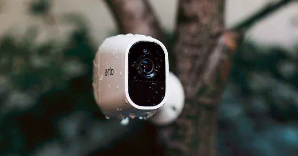 Proteggete la vostra casa col kit Arlo Pro 2 HD: oggi si risparmia con l'offerta lampo Amazon!