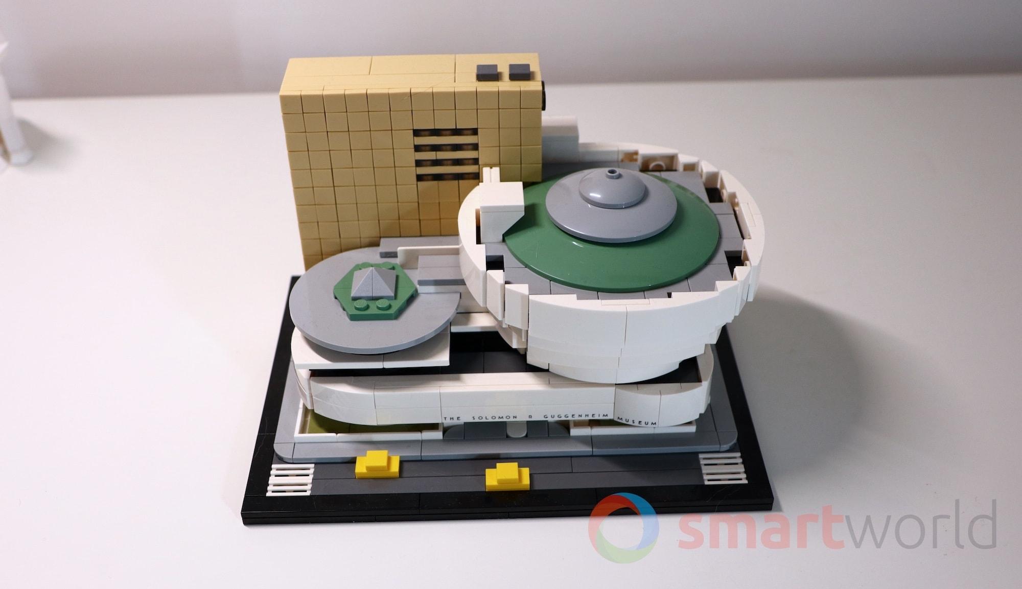 LEGO 21035 Guggenheim 01