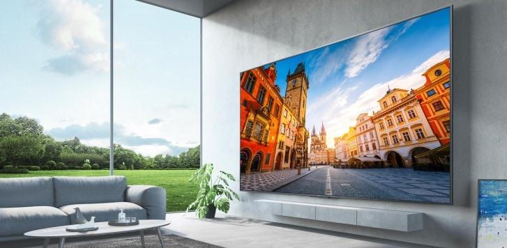 Redmi Smart TV MAX è l'ENORME TV (no, seriamente!) che non arriverà mai da noi (foto)