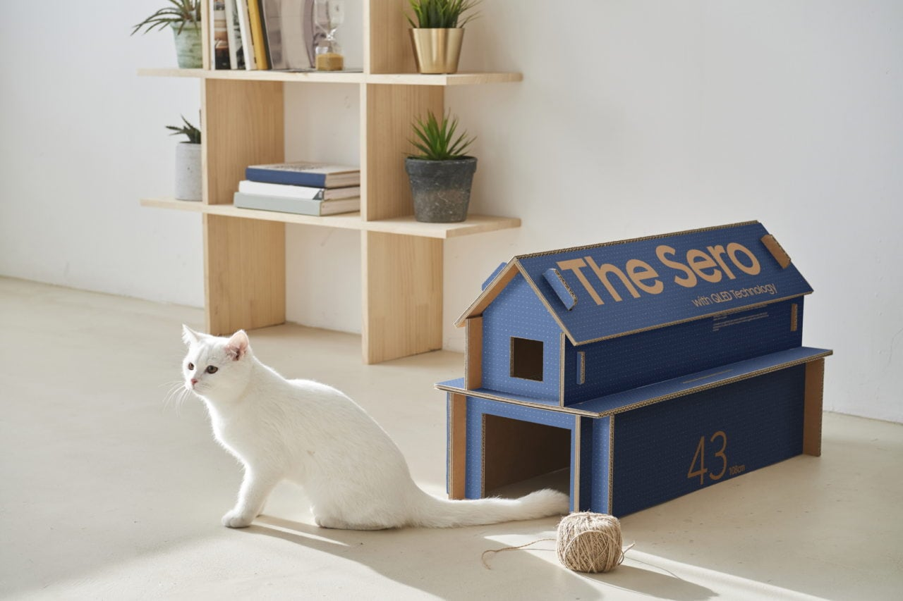 La scatola delle prossime TV Samsung diventerà una cuccia per il vostro gatto!