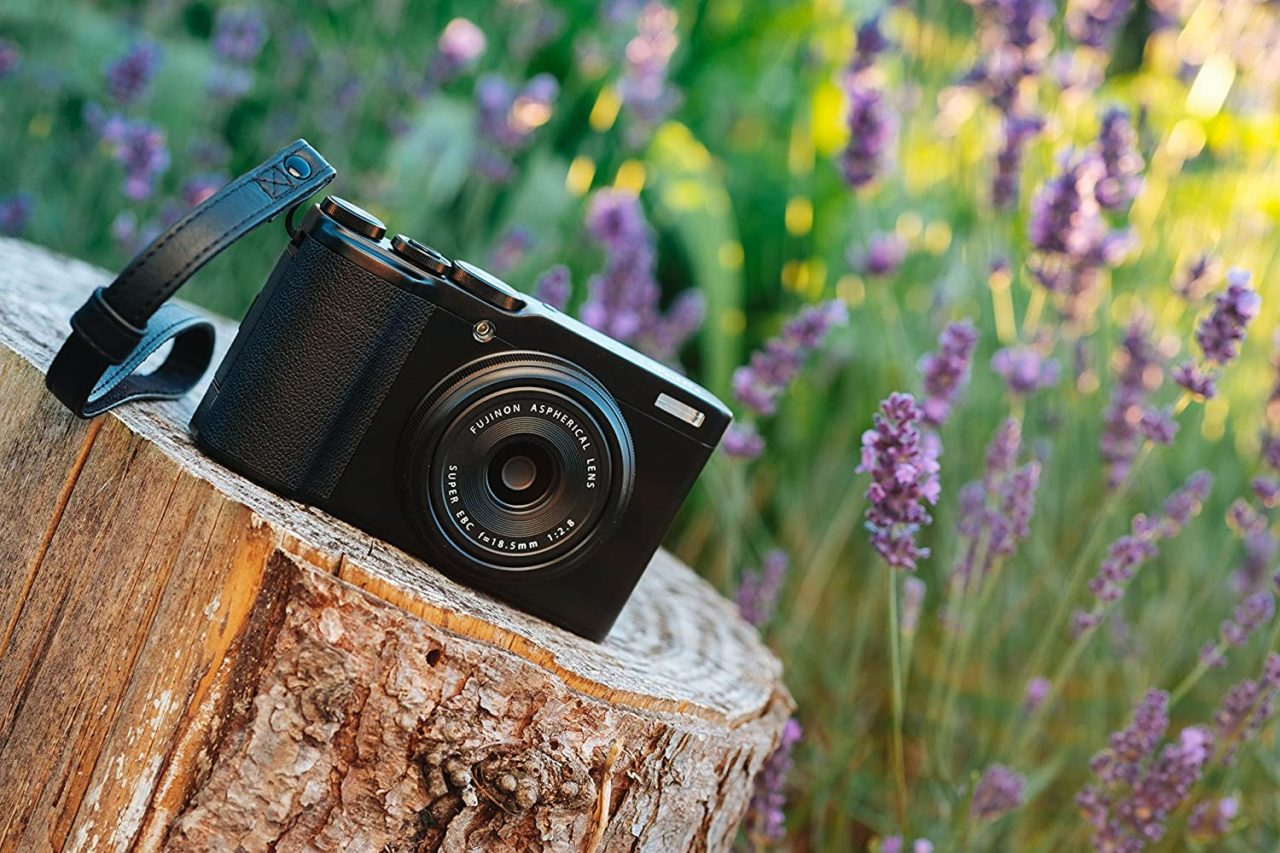Fujifilm XF10: super prezzo per una compatta digitale super intuitiva!