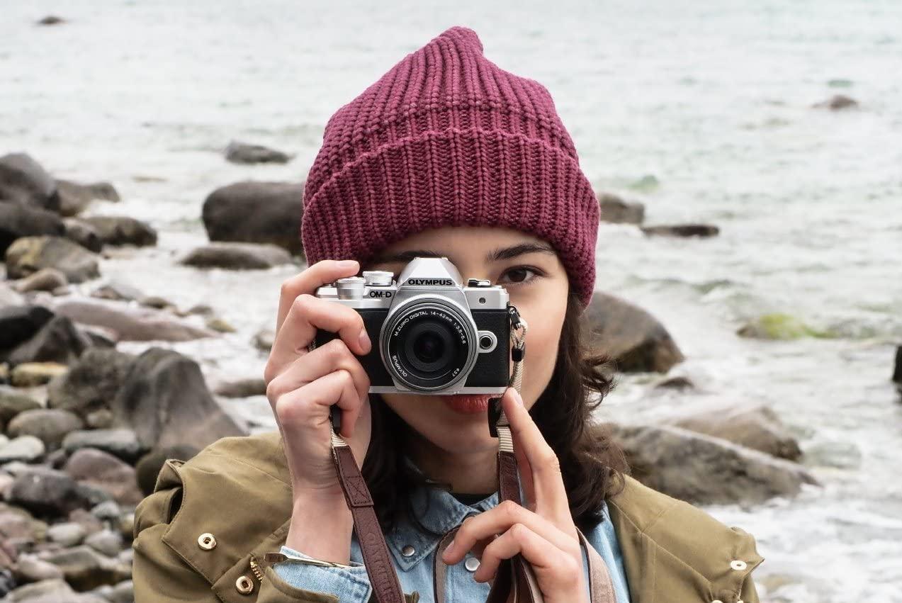 Olympus ai saluti: lascia il mercato delle fotocamere, ma forse la vedremo ancora