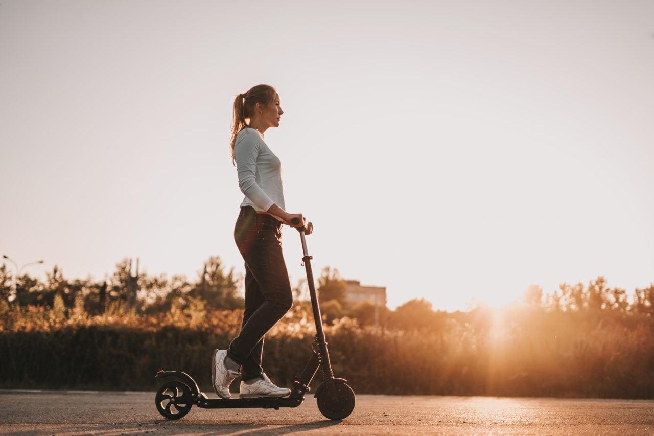 Bonus mobilità, monopattini, bici e auto elettriche e car sharing (con Andrea Galeazzi)