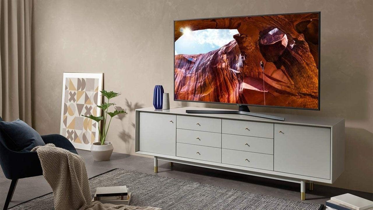 "Smart TV Samsung a prezzi scontati: 4K HDR da 50″ e 65"" a partire da 399€"