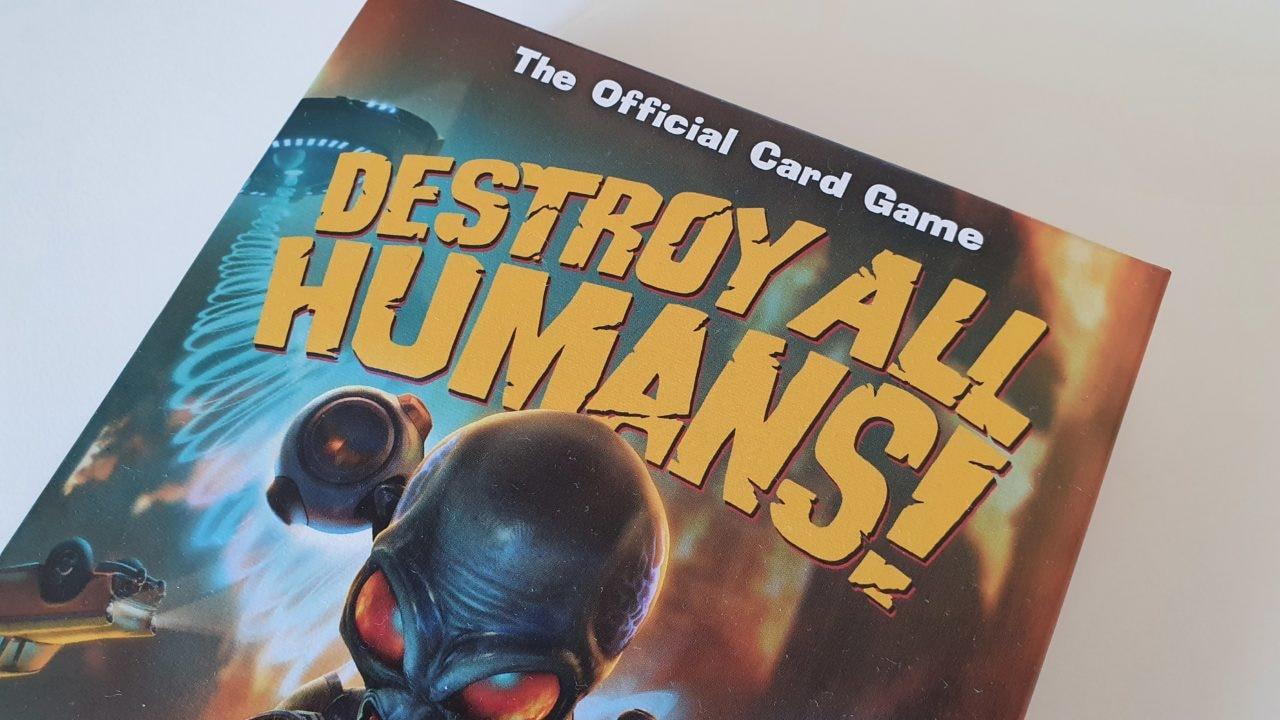 Abbiamo provato il gioco di carte di Destroy All Humans! (e sembra Lupus in Tabula)
