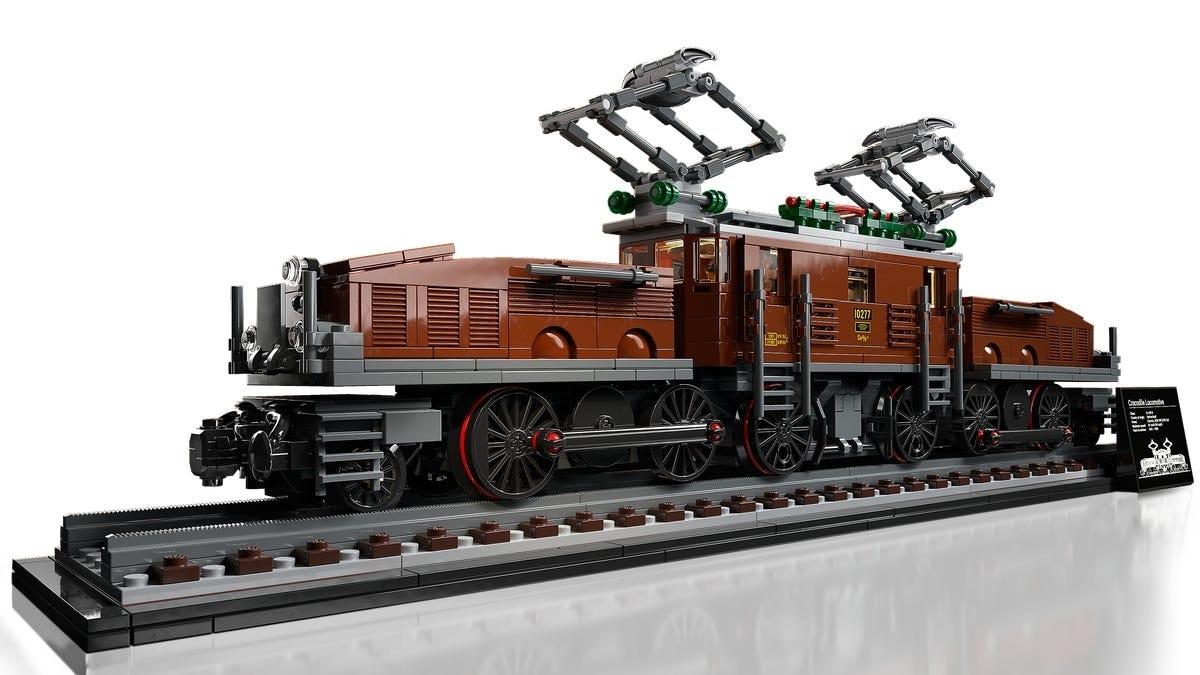 In vendita da oggi i set LEGO Locomotiva coccodrillo e Disney Topolino e Minnie (foto)