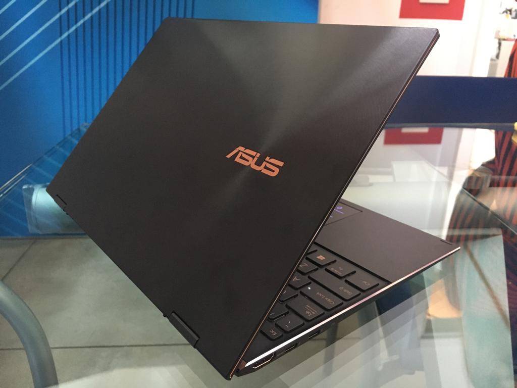 ZenBook S e Flip S ufficiali: il 3:2 più sottile e leggero, ed uno dei primi Intel Evo al mondo (Foto)