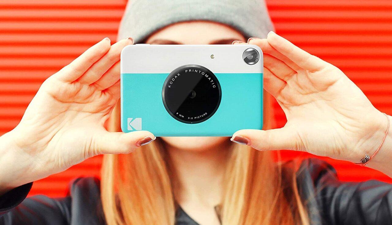 Kodak Printomatic torna in super sconto a soli 36€: la fotocamera istantanea per tutte le tasche