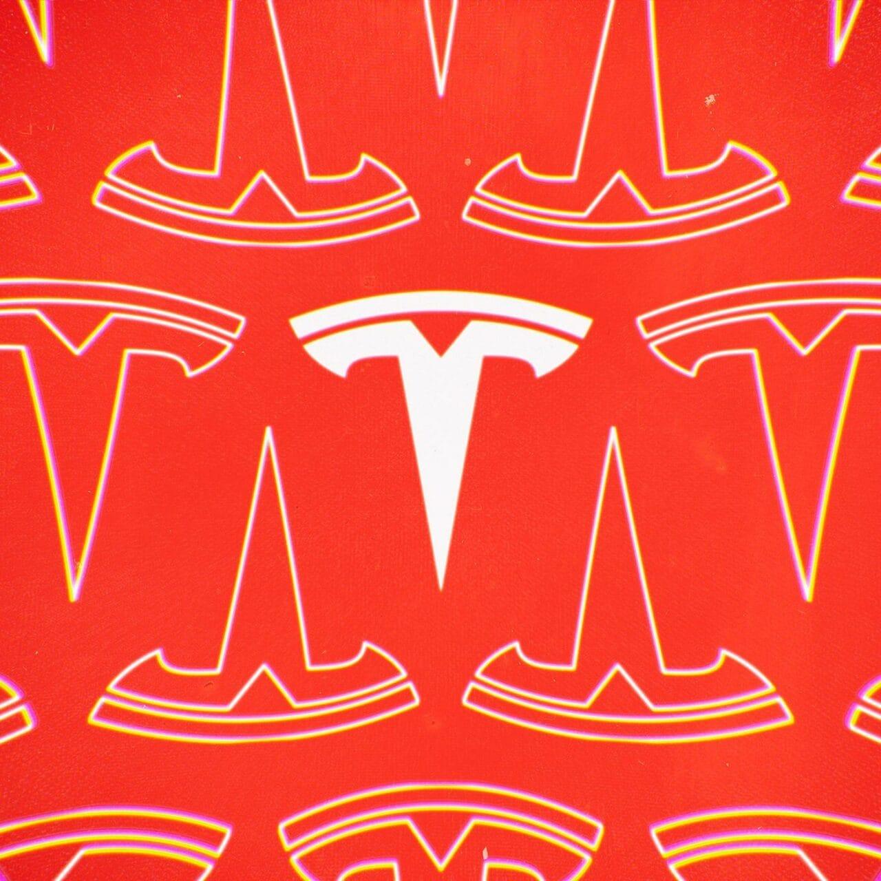 I Supercharger di Tesla non saranno più esclusivi per le auto Tesla, ma c'è ancora qualche incognita
