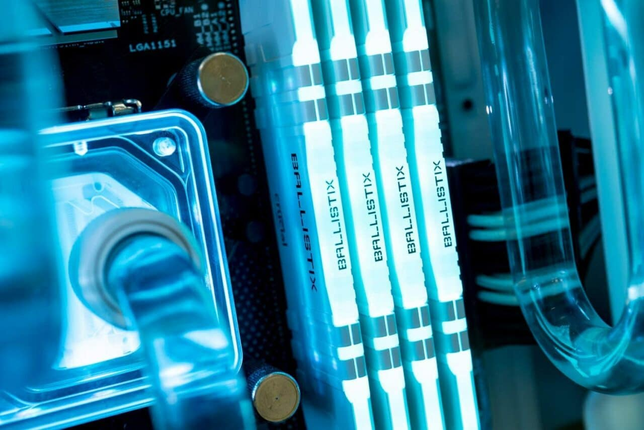 RAM Crucial Ballistix in super sconto su Amazon: 16 GB a 3600 MHz CL16 perfette per i Ryzen