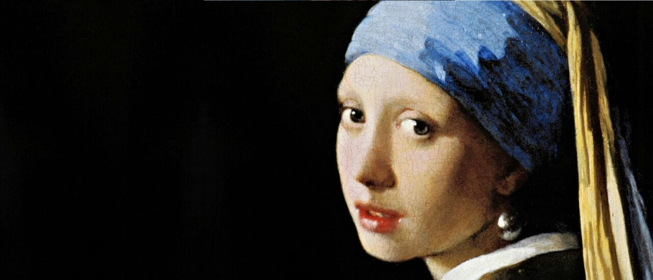"""È possibile osservare il dipinto """"Ragazza con l'orecchino di perla"""" così bene che sembrerà di averlo tra le mani (video e foto)"""