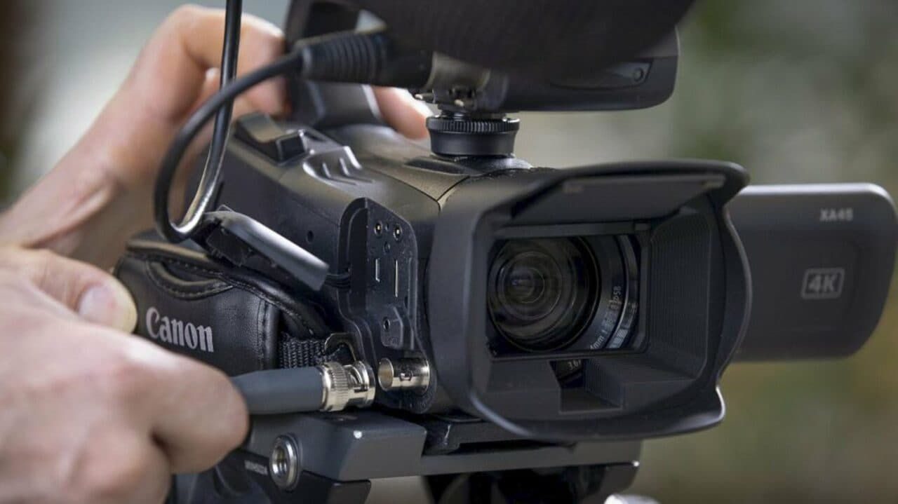 Canon XA45: l'ultracompatta videocamera 4K arriverà presto in Europa