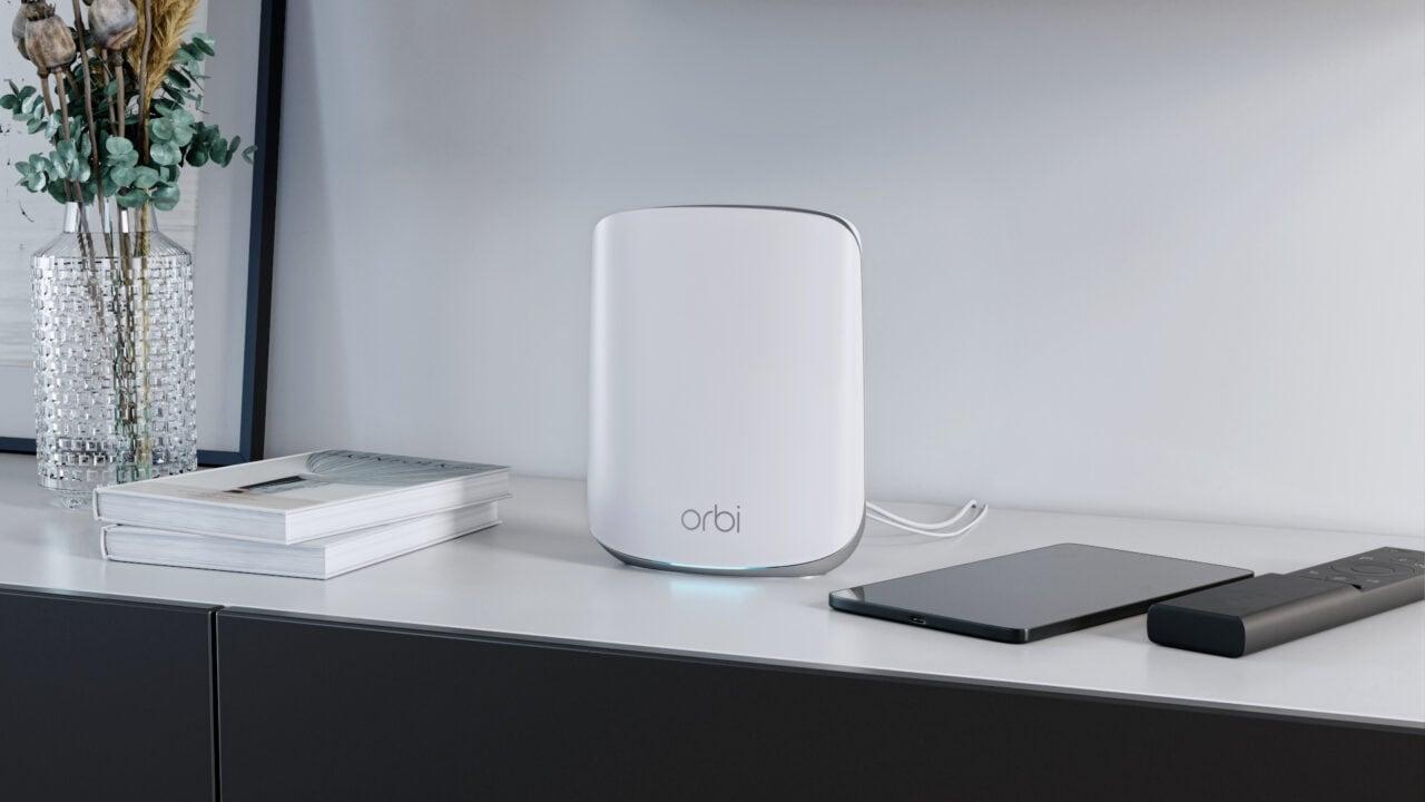 Netgear presenta Orbi Wi-Fi 6 RBK35X, un router mesh per la casa ad alta velocità e alla portata di tutti (foto)