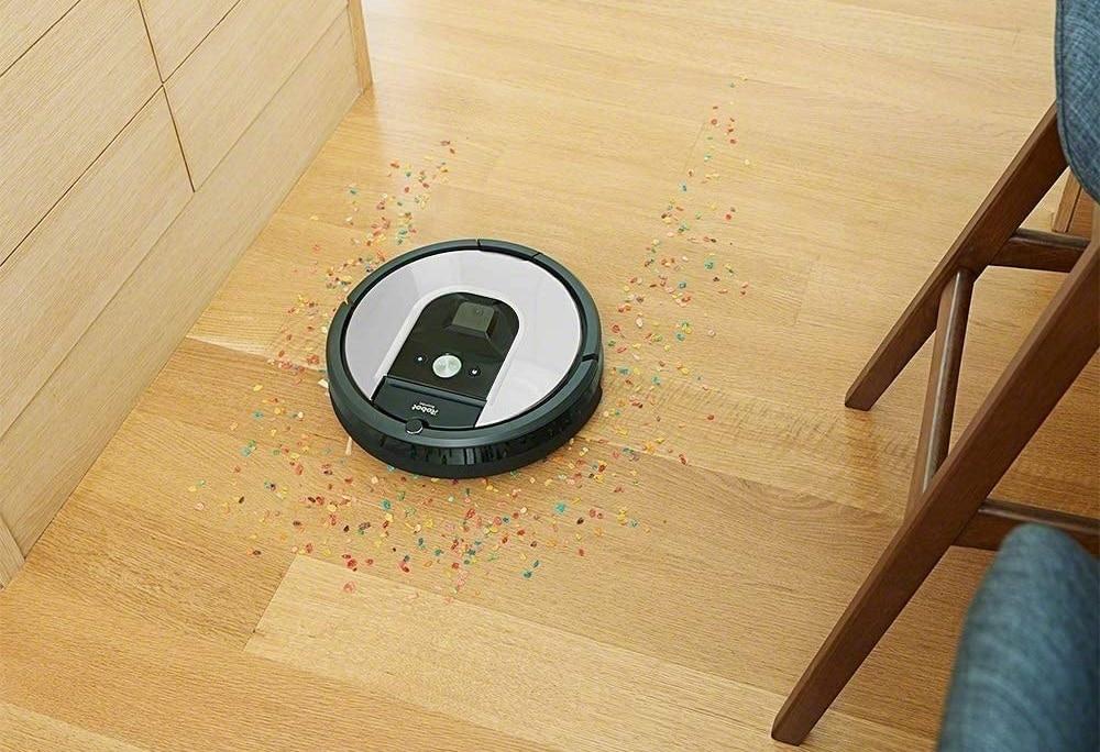 I robot aspirapolvere Roomba prendono vita? No, è solo un bug dell'aggiornamento (video)