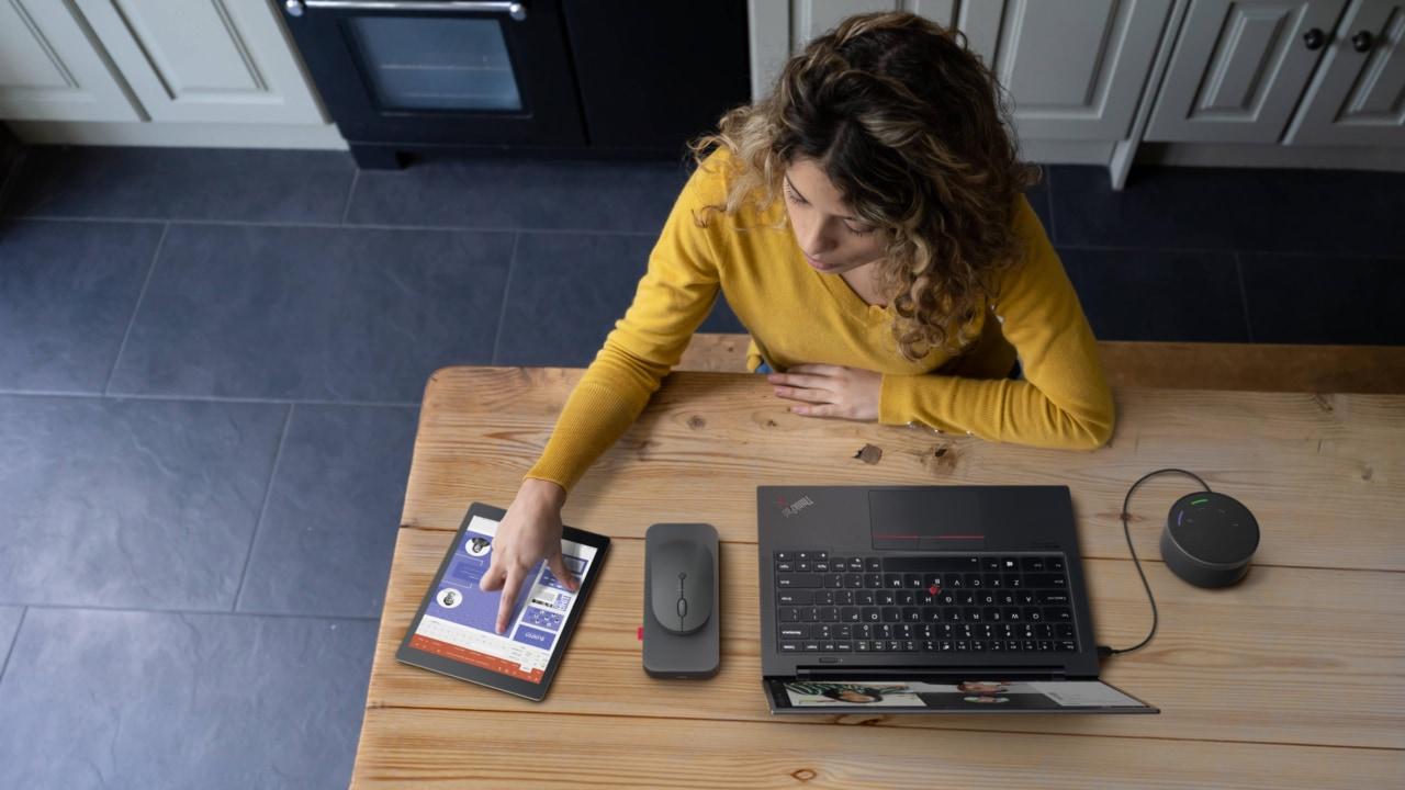 Lenovo lancia la sua nuova linea Lenovo Go pensata per il mondo dell'ufficio (foto)