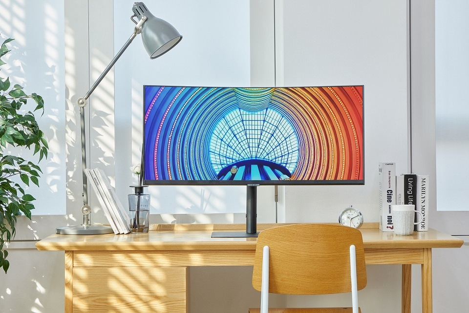 [Photo] Samsung Launches New High-Resolution 2021 Monitor Lineup 1_LOW
