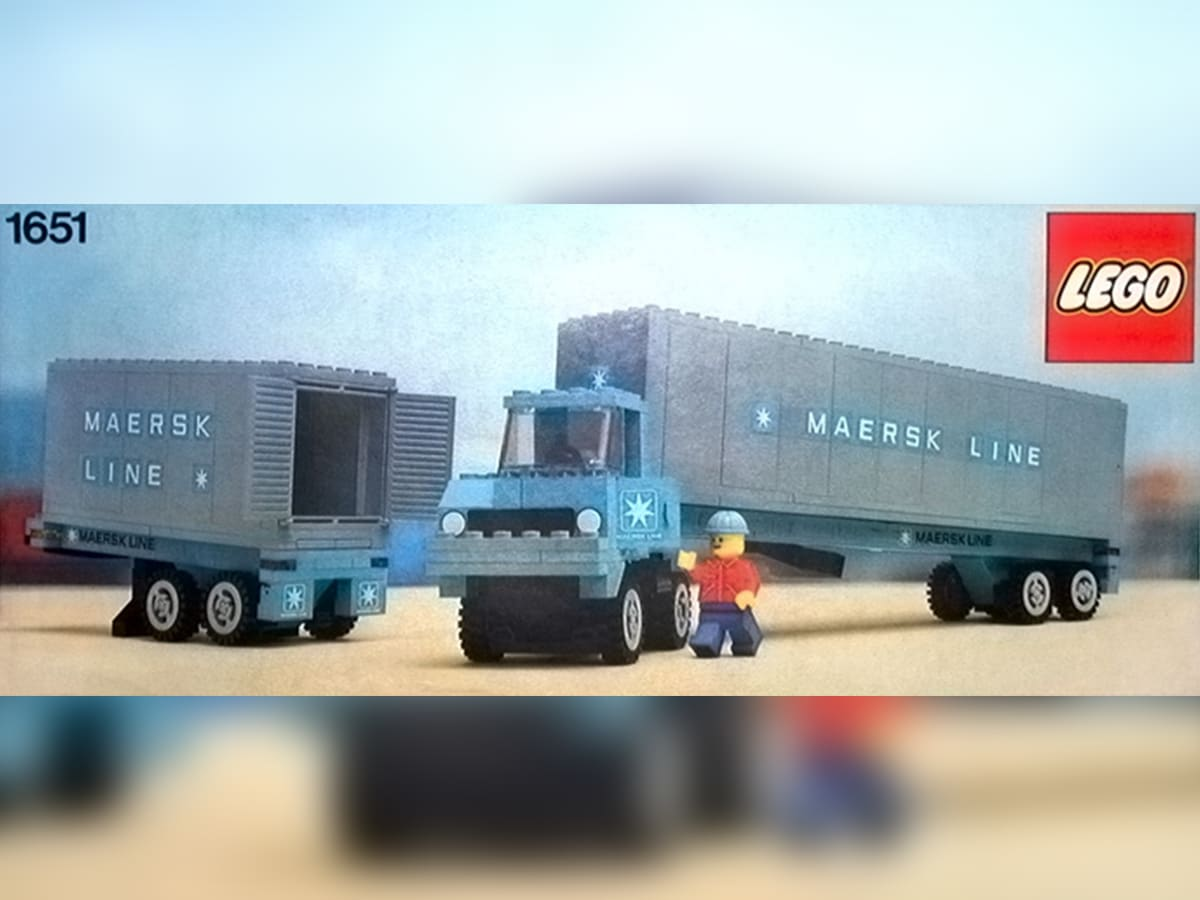 Il set LEGO Maersk Line Container Lorry. Crediti: The Lego Group.