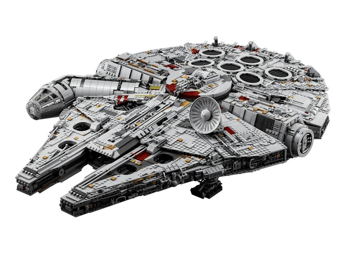 I set LEGO da collezione più costosi: dal Millennium Falcon a Piper Airplane